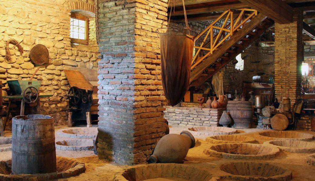 Georgien farmer's wine cellar 72 dpi