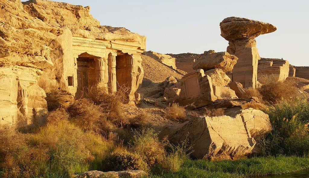 Ägypten Nil Kreuzfahrt Hormoheb Tempel