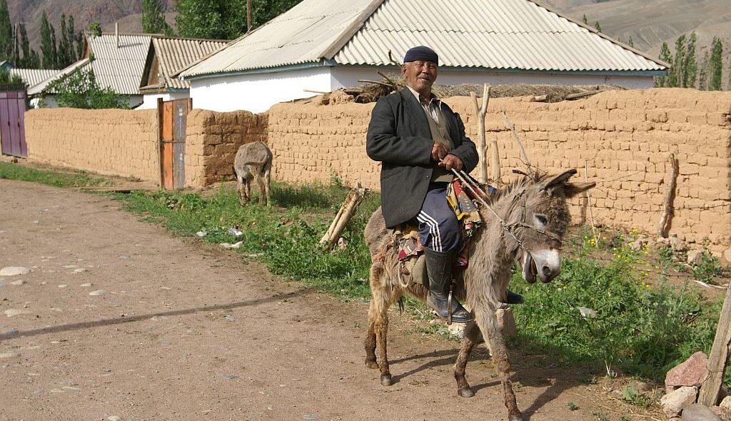 Kirgistan-PICT0623-1024px.jpg